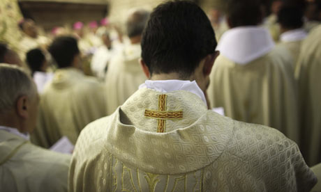 Catholic-priests-pray